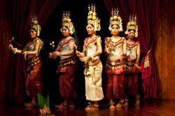 Traditional Apsara dance - Essential Cambodia itinerary