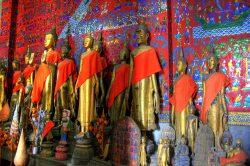 Luan Prabang statues structure - Laos in-depth tour