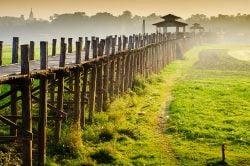 Road from Mandalay to Bagan