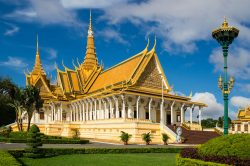 Phnom Penh temple - Cambodia itinerary in 17 days