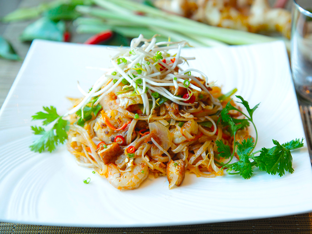 Base of Thai cuisine is a dish called Pad Thai - Highlights of Thailand tour