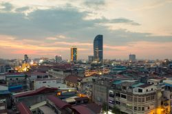 sunset in phnom penh city for Mekong and Angkor Wat holidays