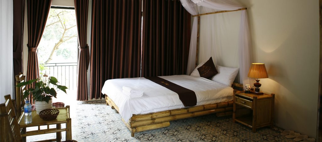 beautiful double bedroom in Chez Hiep Tam coc homestay