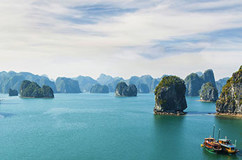 Tailor-made holidays at Halong bay - Vietnam with central highlights