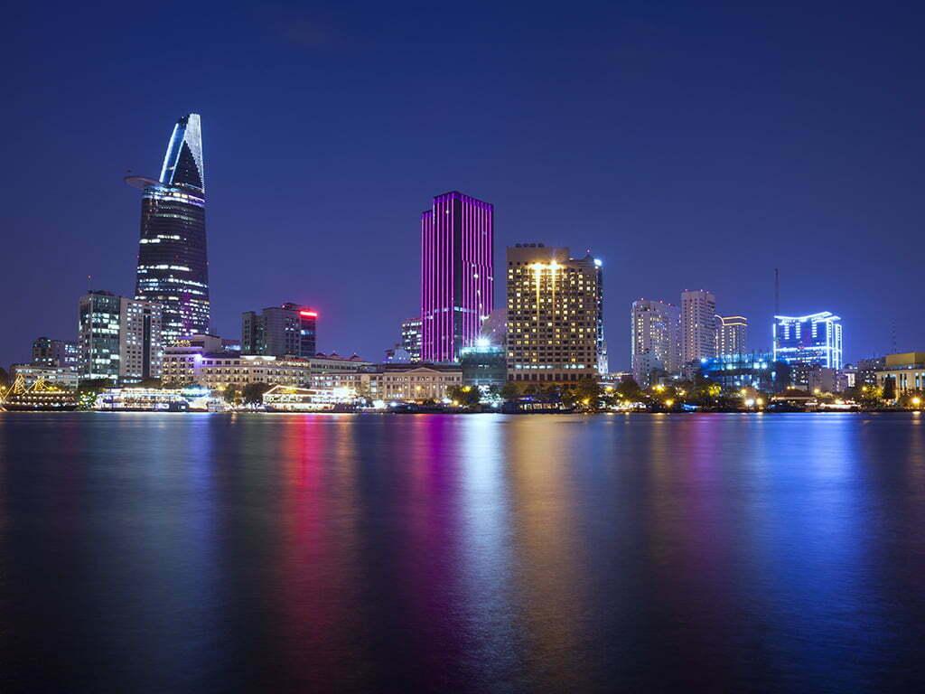 Nightlife in Saigon - Essential Vietnam tour