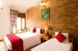 double bed room- House resort in Phong Nha