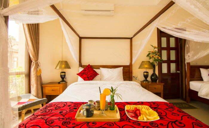 breakfast in room at the lake house resort in Phong Nha