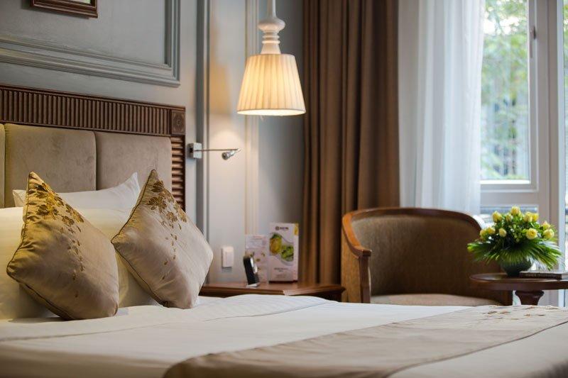 Hanoi Pearl Hotel Room