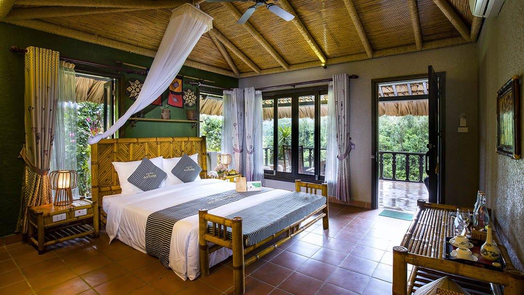 Mai Chau Ecolodge Deluxe room