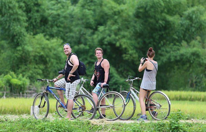 Cycling around Mai Chau
