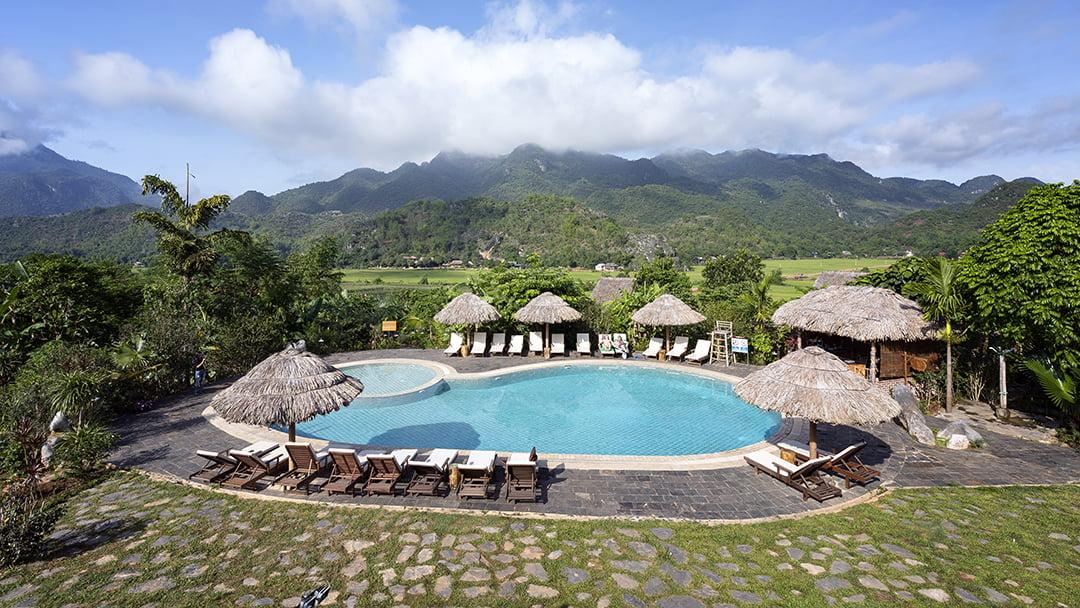 Mai Chau Ecolodge swimming pool