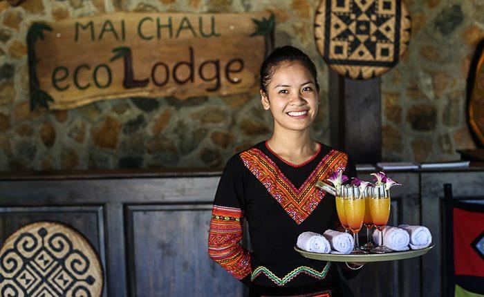mai chau ecolodge waitress