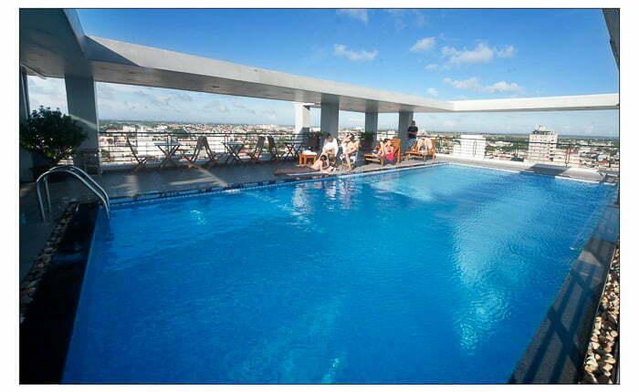 romance hotel hue pool