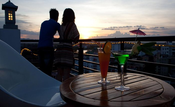 romance hotel hue sunset