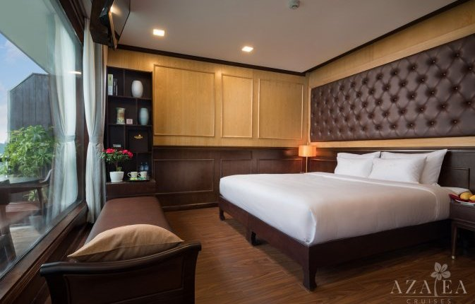 Deluxe spacious room on Azalea Cruise