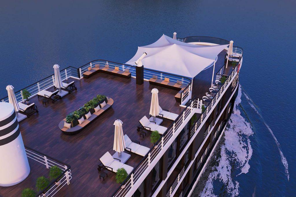 Heritage Cruises sundeck