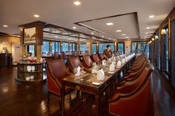 Amazing culinary experience with Orchid Cruise Restaurant Lan Ha Bay