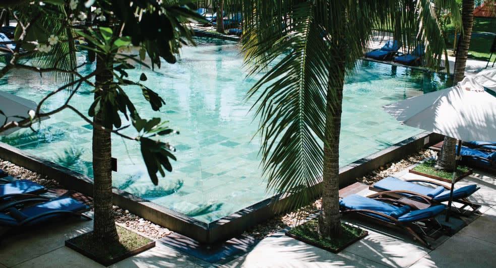 anantara resort - majestic swimming pool
