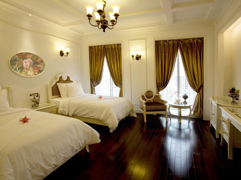 eldora hotel - twin beds in deluxe city room