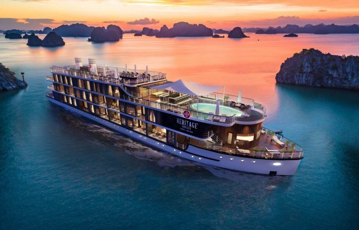 heritage cruises lan ha bay