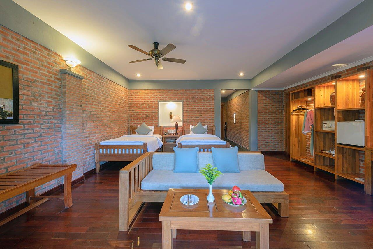 pilgrimage village resort - deluxe family room