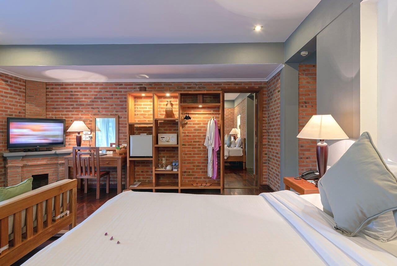 pilgrimage village resort - family deluxe room