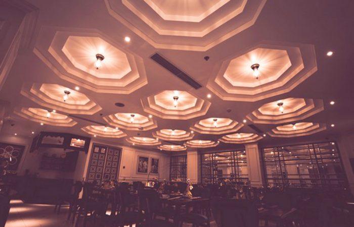 Alagon City Hotel Restaurant Evening Setting