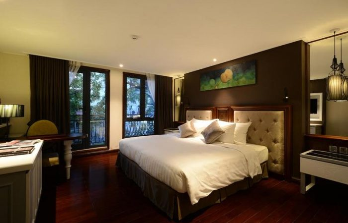 The Chi Boutique Hotel Hanoi Deluxe Room